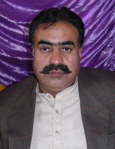 PML (N) Balochistan leader Sardar Sanaullah Zehri escaped a bomb attack while his two family members and a guard, were killed.