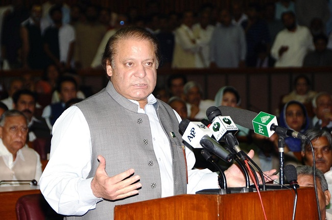 PM Nawaz constitutes four-member committee for talks with Taliban