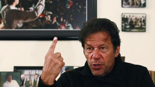 Imran says he will prefer dissolving KPK assembly rather than succumbing to blackmailing