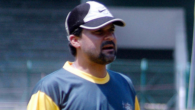 Moin Khan appointed as chief selector, manager of cricket team