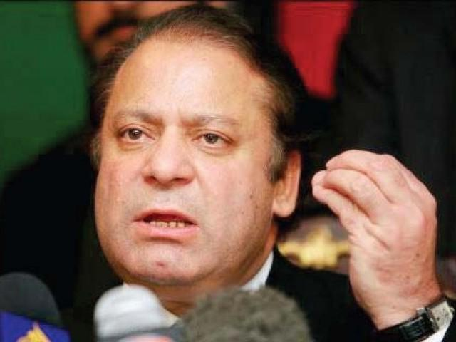 Nawaz asks media to play role to steer country out of crises
