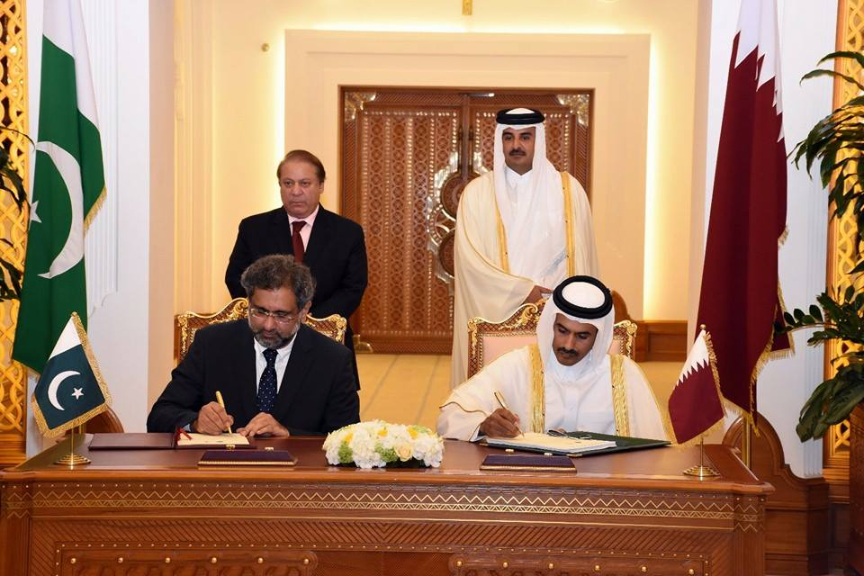 Pakistan, Qatar ink LNG deal among four agreement, MoUs