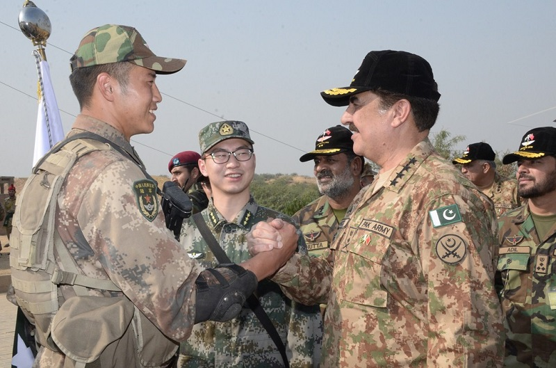 """Chief of Army Staff (COAS) General Raheel Sharif visited National Counter Terrorism Training Centre (NCTC) in Pabbi and witnessed Pakistan-China Joint Special Forces Exercise """"YOUYI-VI 2016"""" on October 27, 2016."""
